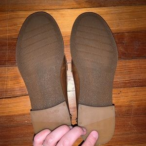 Sperry Shoes - Sperry leather loafers in size 6.5
